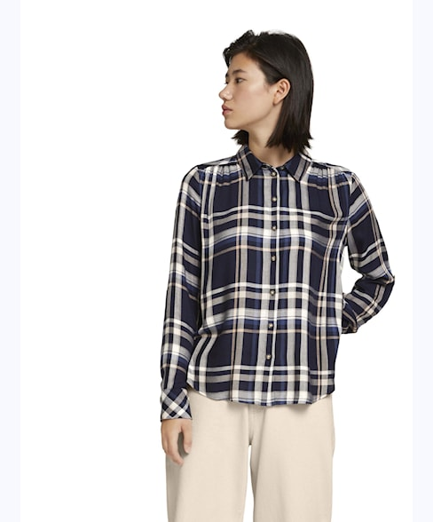 1027067   BLOUSE CHECKED